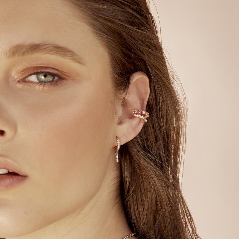 Ear-cuff-multicolor-rosado-naranja-enchape-en-oro